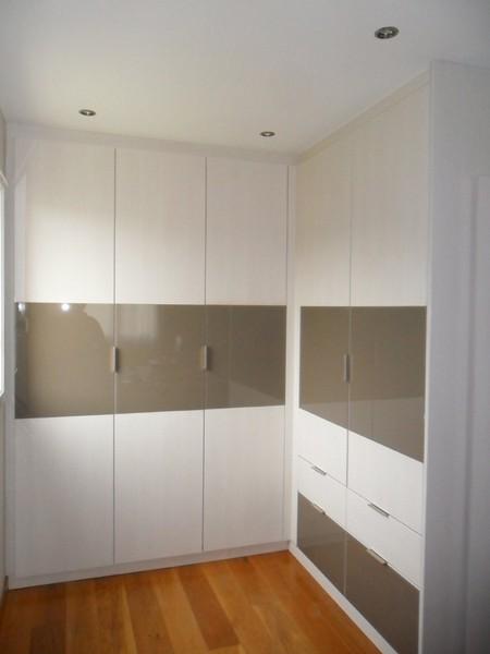 porte battante placard avec les meilleures collections d 39 images. Black Bedroom Furniture Sets. Home Design Ideas